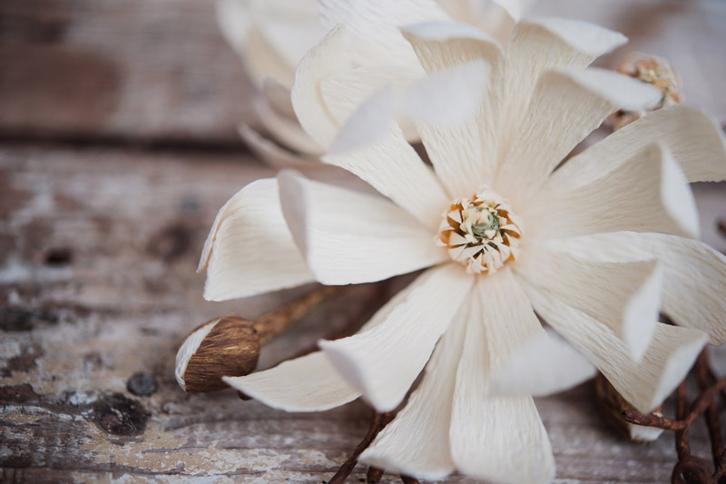 christine paper design, flori din hartie, ochisoru, made in romania, cristina ciovarta