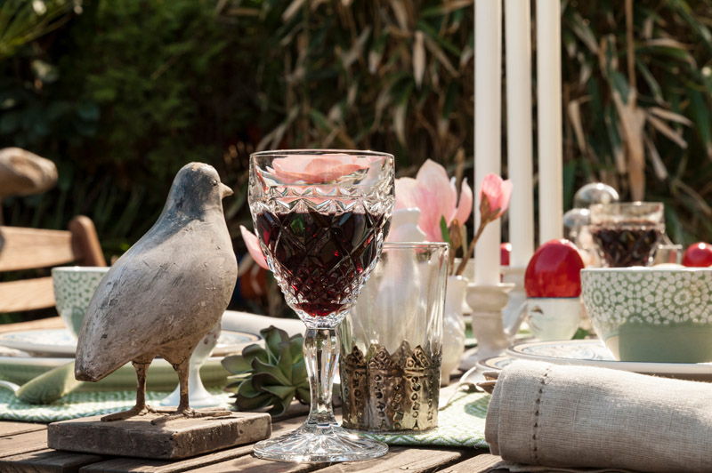 masa in gradina, ochisoru, styling, scenografie, table design, garden party, moodboard