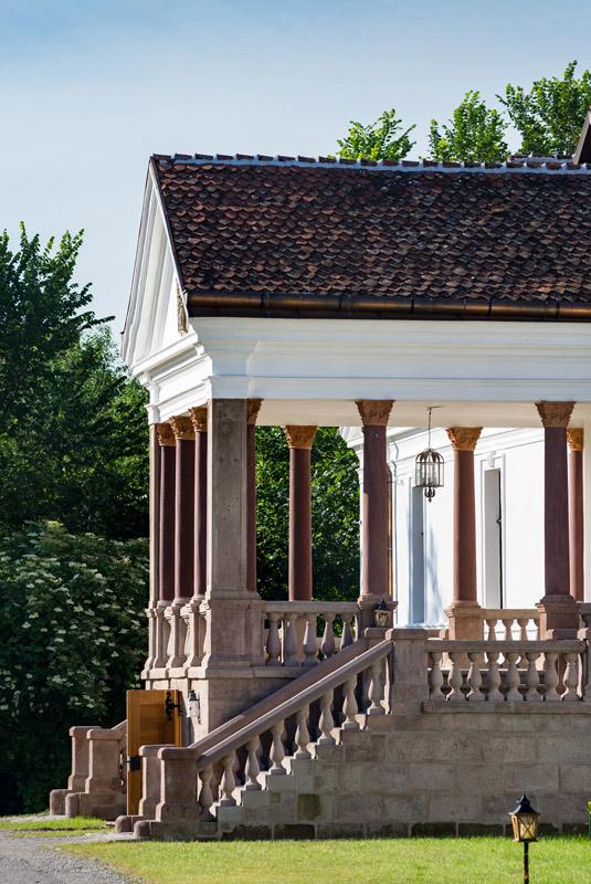castelul kalnoky din miclosoara, vacanta in covasna, contele tibor kalnoky, casele de oaspeti din miclosoara si valea zalanului, muzeul vietii transilvanene